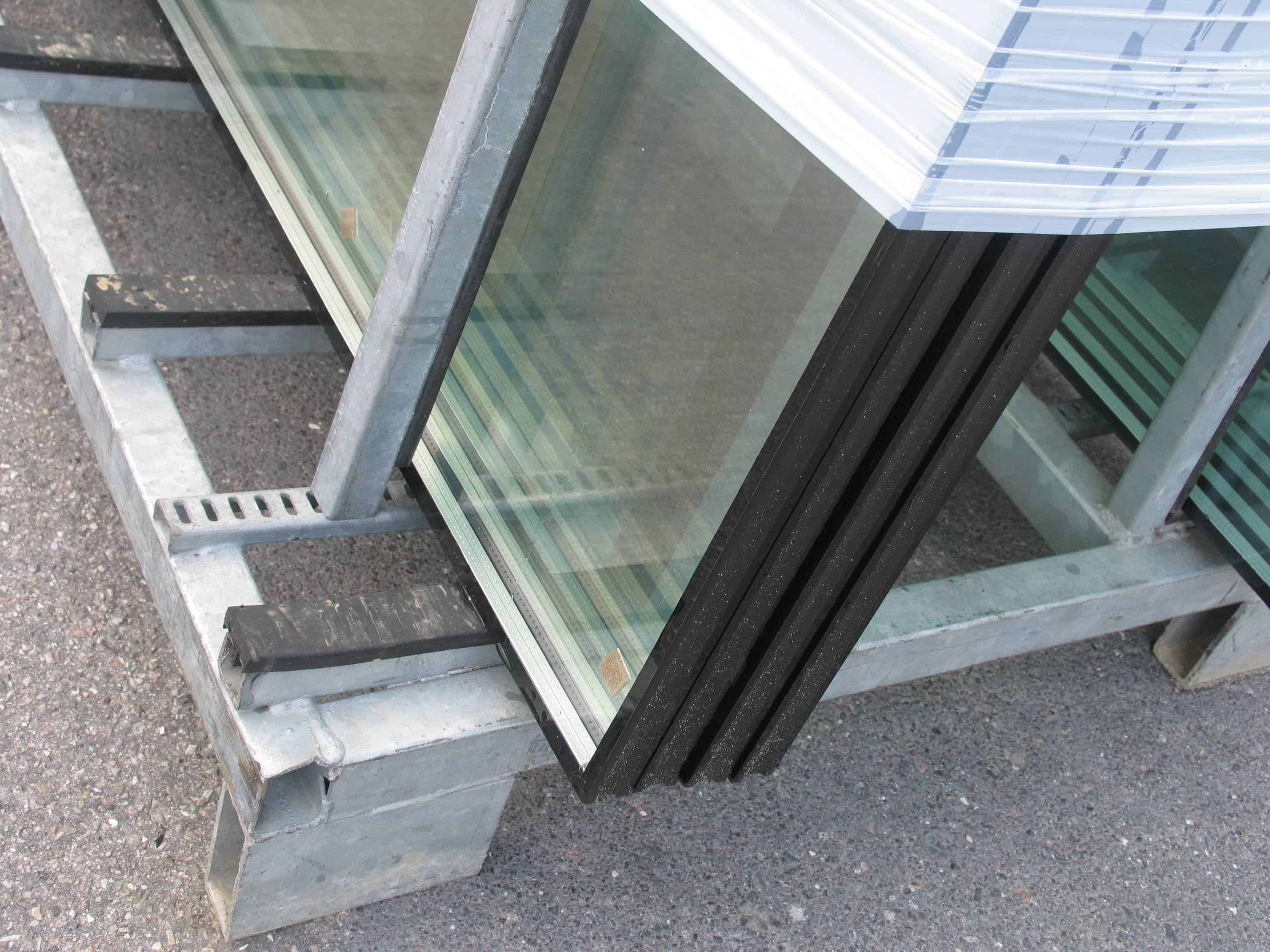 shutterstock_675878 Glass Replacement