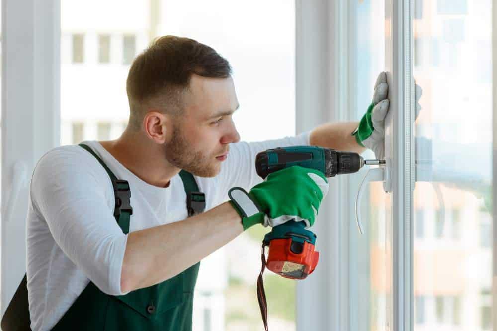 shutterstock_785891137 Windows & Door Handle Repairs